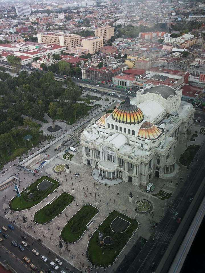 Torre Latino (with the yellow vaulted ceiling) located in the city centre offers the best view of Mexico DF