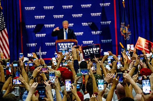 Donald_Trump_Rally_10-21-16_(29849628404).jpg