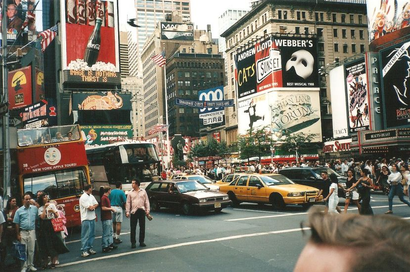 1200px-5th_avenue_koreatown_new_york_city_september_15_1996