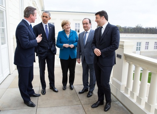 Cameron,_Obama,_Merkel,_Hollande,_Renzi_in_2016.jpg
