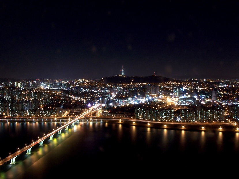 seoul_at_night_from_63_building