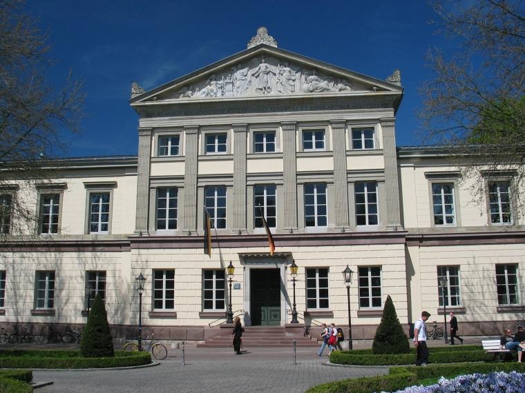 gottingen_alte-aula_daniel-schwen