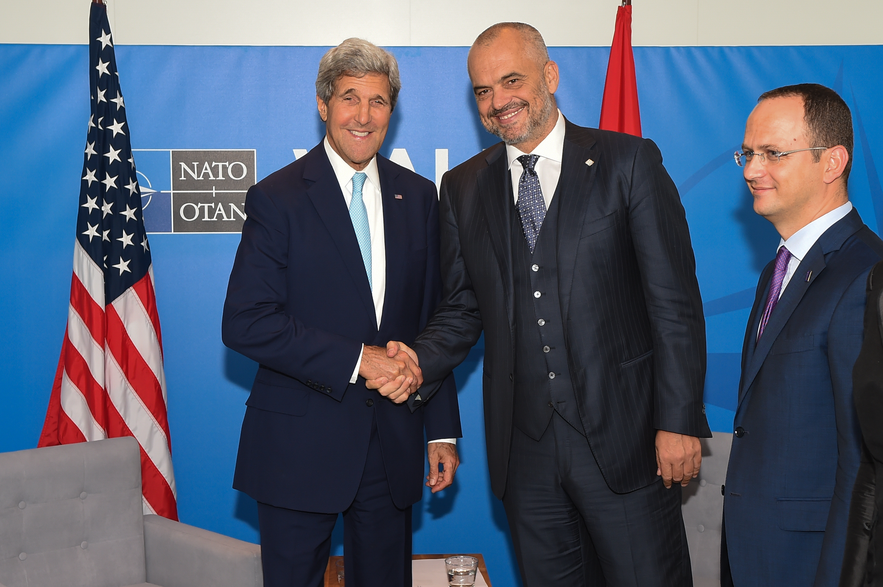 secretary_kerry_shakes_hands_with_albanian_prime_minister_rama_before_bilateral_meeting_at_nato_summit_in_wales_14961134157