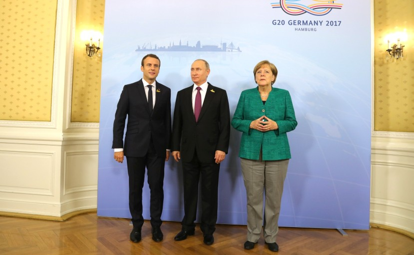 Macron,_Putin,_Merkel_(2017-07-08)_01.jpg