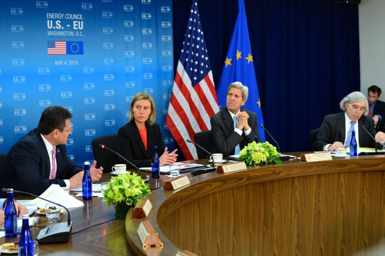 EU_Vice_President_for_Energy_Union_Šefčovič_Addresses_the_Seventh_U.S.-EU_Energy_Council_Meeting_in_Washington_(26752197951)